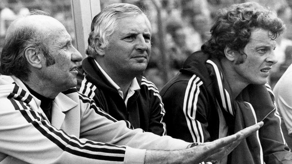 Bundestrainer Helmut Schön (l), Jupp Derwall (M), Herbert Wimmer (r)