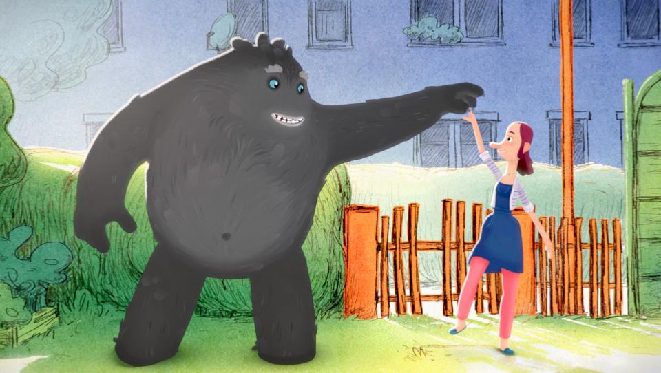 Das Tier tanzt und zeigt Trude, wie man das macht