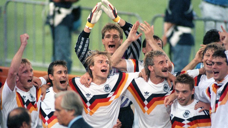 Die deutsche Mannschaft jubelt über über den Gewinn des Fußball-WM
