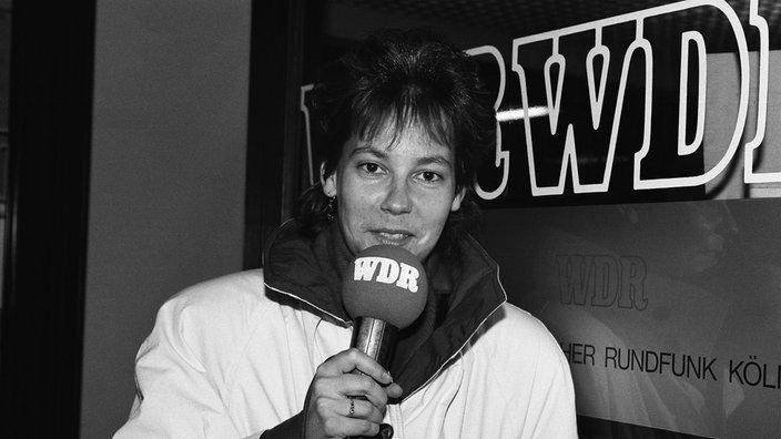SABINE TÖPPERWIEN 20.11.1989 WDR2 Sportreporterin